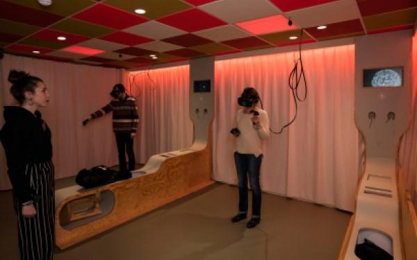 Cabinet de Réalité virtuelle + G.G. de l'Evolution
